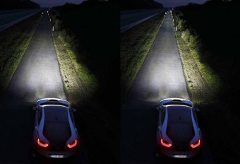 Bmw-laser-headlights-light-throw
