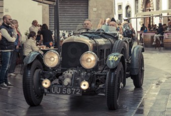 Bentley-Priceless-Motor-Racing-cars
